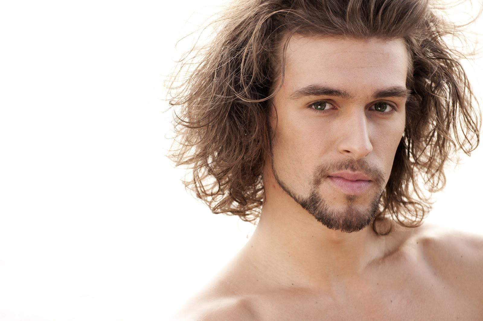 Coolest Medium Hairstyle for Men That Won't Make You Look Messy